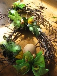 detail jarního věnečku